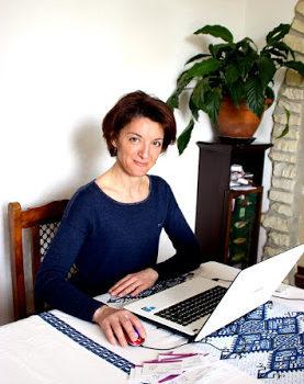 Portrait d'Amina, une assistante administrative libérale